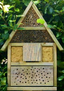 Insektenhotel / Insektenhaus. Insektenhotel kaufen